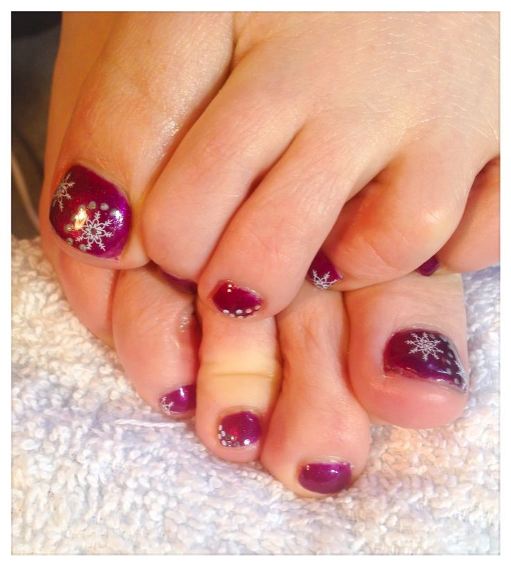 Shellac Toes-Purple Passion with snowflakes and glitter