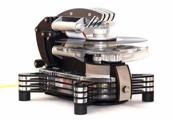 """It's like a Star Wars droid that cleans your records instead of killing you! Lautlos Rein """"LR 1"""", record cleaning machine."""