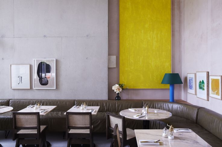 Granger & Co Kings Cross London An ideal place for a breakfast meeting, an indulgent brunch with friends, a salad with work colleagues or dine in style in the evening
