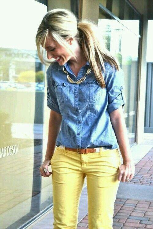 Blusa de Mesclilla / Camiseta de Denim / Blusa de Denim / Pantalón Amarillo / Outfits para primavera / Primavera 2015
