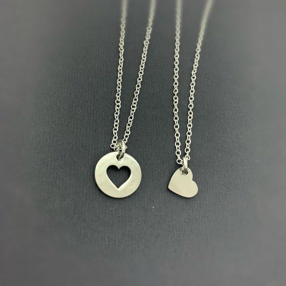 Set Of 2 Heart Necklace Set By Gifts For Friendship Friendship Jewelry Family Jewelry Friendship Necklaces For 2 2 Friends In 2021 Friend Necklaces Bff Necklaces Bff Jewelry