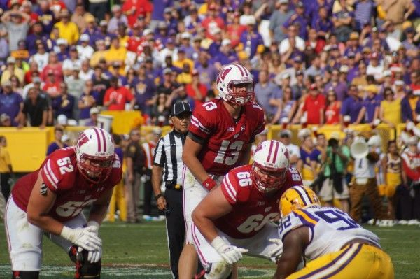 Watch Arizona vs #25 Washington State College Football Week 10 Live Broadcast