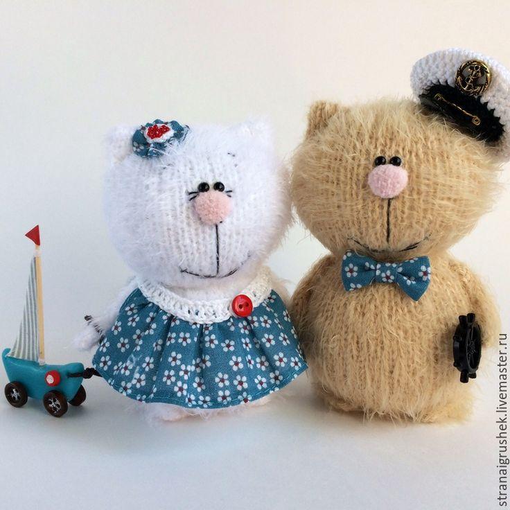 Купить Котейки. - разноцветный, киски, влюбленная пара, вязаные коты, вязаные игрушки, коты и кошки