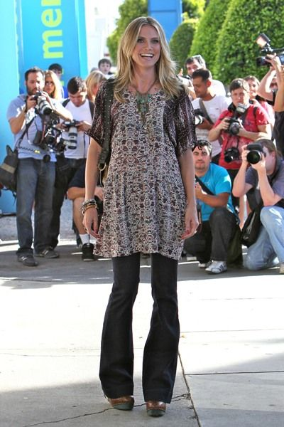 Heidi Klum stops traffic for AOL