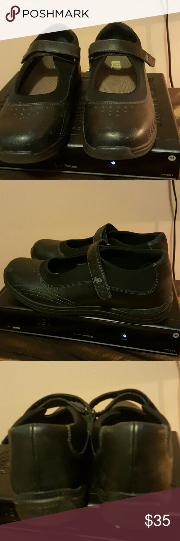 Orthopedic shoe Black orthopedic shoe, in excellent condition DREW Shoes Athletic Shoes