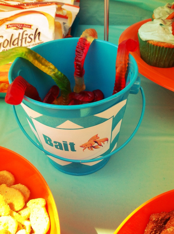 36 best back to school pool party images on pinterest for Swimmingpool gummi