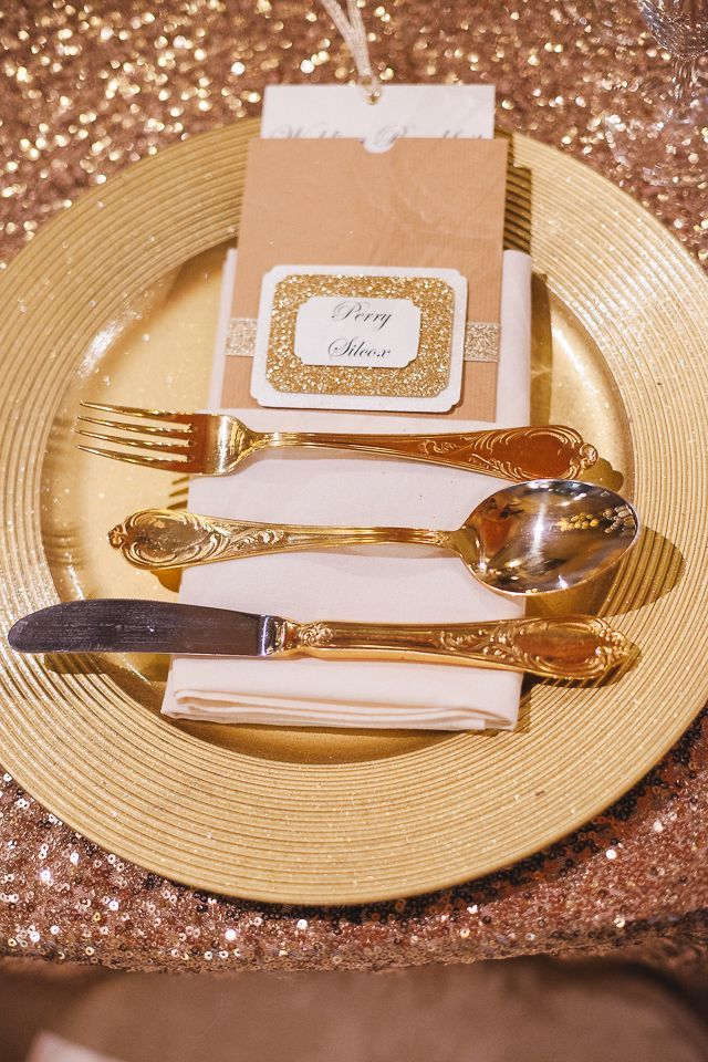 31 best Gold Starburst & Lined Charger Plate images on Pinterest ...
