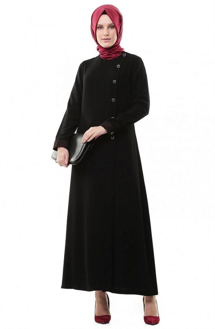 """Simferace Yandan Pileli-Siyah Bordo 6200-1-0167 Sitemize """"Simferace Yandan Pileli-Siyah Bordo 6200-1-0167"""" tesettür elbise eklenmiştir. https://www.yenitesetturmodelleri.com/yeni-tesettur-modelleri-simferace-yandan-pileli-siyah-bordo-6200-1-0167/"""