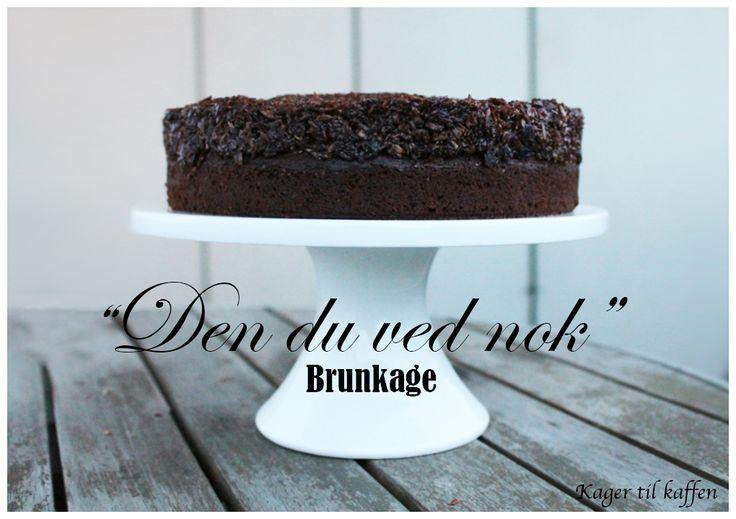 """Det er efterhånden et stykke tid siden jeg har bagt en """"rigtig"""" kage. Så da min studiegruppe og jeg skulle mødes tidligere på ugen syntes jeg, at vi skulle forkæles med lidt lækkert kag…"""
