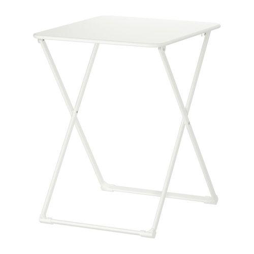 HÄRÖ Bord, sammenleggbart IKEA Sparer plass når den ikke er i bruk. Materialene i dette utemøbelet gjør det vedlikeholdsfritt.
