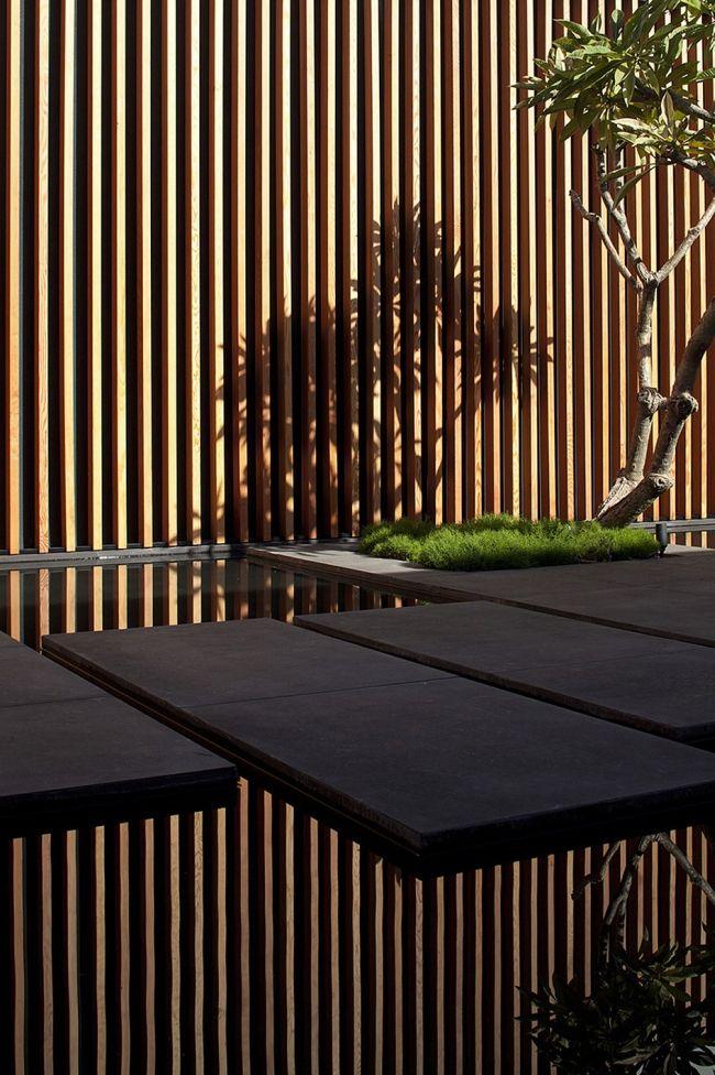 Zainspiruj się! zobacz nowoczesny detal przejścia i design patio we wnętrzu luksusowego domu Float House - zainspiruj się! Zapraszam do kolejnego wpisu z serii 'Wille marzeń' na blogu u Pani Dyrektor!moder