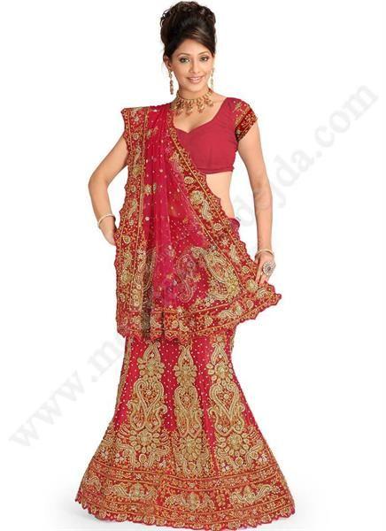 Национальный индейский женский костюм