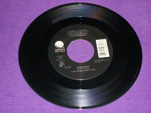 "Guns N' Roses / Nightrain / Reckless Life / Rare 7"" 45 RPM Vinyl Record / Axl Rose"