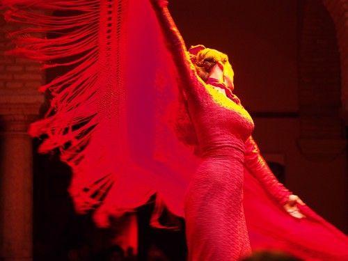 flamenco-Seville-Museo_de_baile_flamenco-spectacle