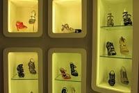 BISNIS,korantangsel.com- Kini tidak hanya digunakan sebagai alas kaki saja. Bahkan, dengan berbagai macam model, sepatu dianggap sebagai gaya hidup dan mampu mengubah penampilan setiap orang yang menggunakannya. Bocorocco, sebuah merek lokal yang saat ini mampu merebut hati para pecinta sepatu dengan mengedepankan konsep kenyamanan dan baik bagi kesehatan.