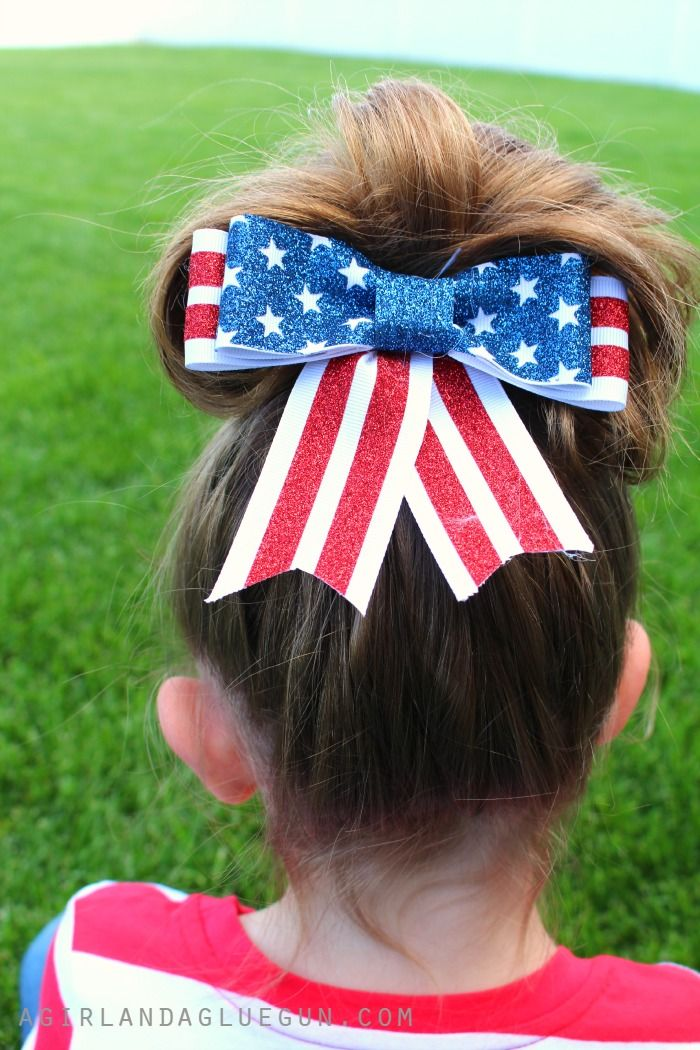 DIY patriotic hair bow made with heat transfer on ribbon!