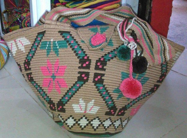 Mochila Wayuu playera. Mayo 6-16.