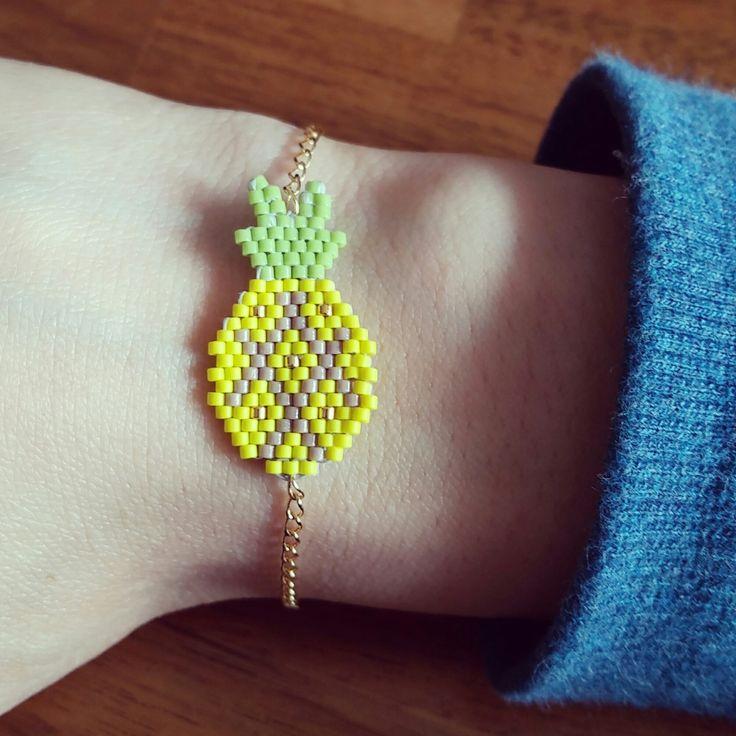 """Bracelet """"Ananas"""" Jaune en perles Miyuki et chaîne en métal doré"""