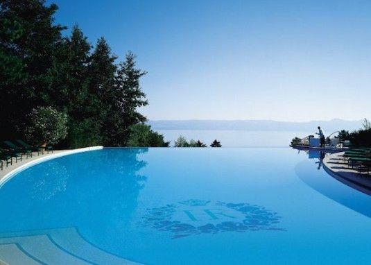 Top 10 adembenemende zwembaden