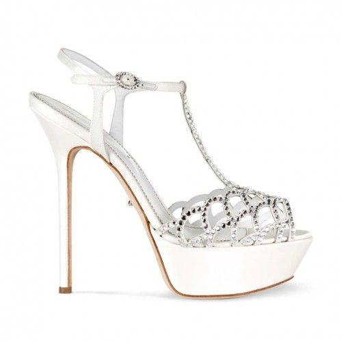 Zapatos de novia abiertos con plataforma - Foto Sergio Rossi