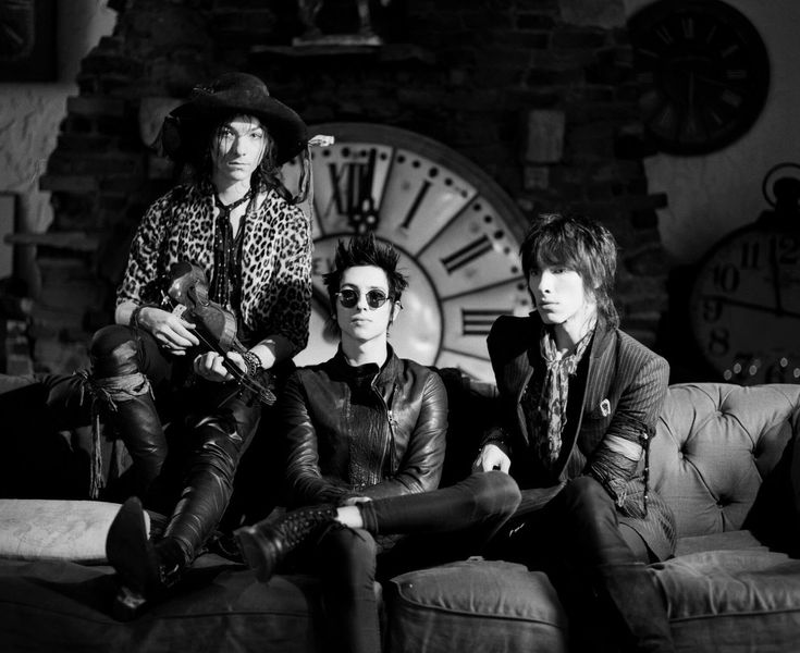 34 Best Palaye Royale Images On Pinterest