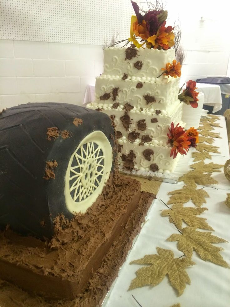 25 best ideas about tire wedding cakes on pinterest pretty wedding cakes wedding cakes with. Black Bedroom Furniture Sets. Home Design Ideas
