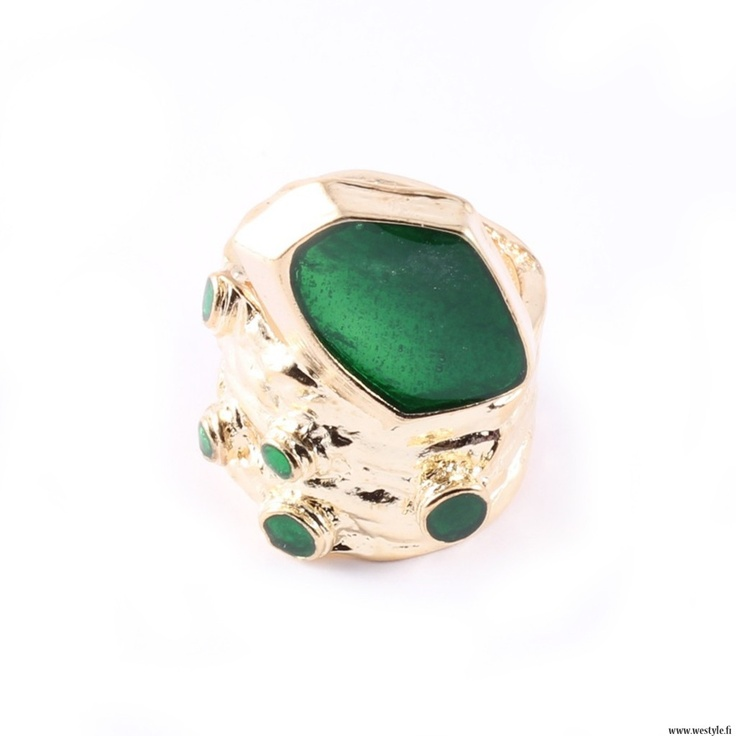New ring from We Style.