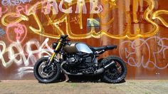 RocketGarage Cafe Racer: RnineT Project
