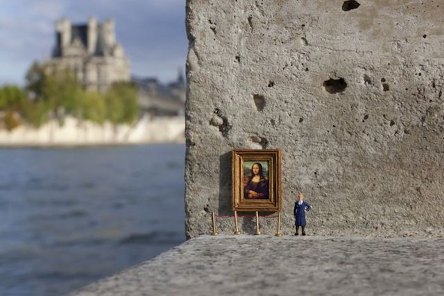"""""""Why Is It So Hard To Find A Job?"""" – Miniature Installations by Slinkachu (13 Pictures) - MC Winkels weBlog"""