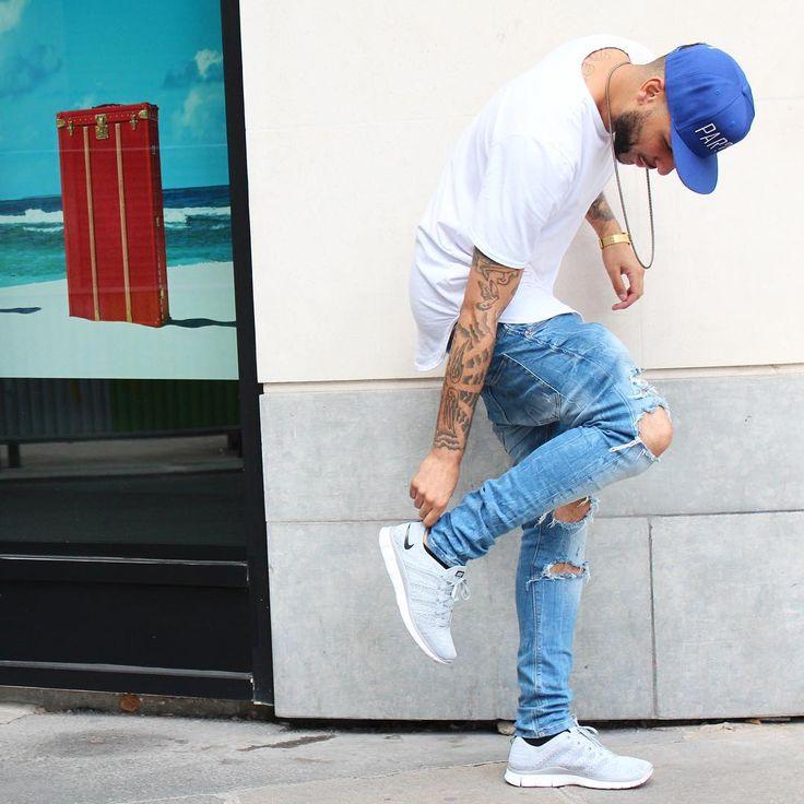 O Jeans está sempre em alta, né? Passa estação, passa geração e nunca perde seu charme! Calça Jeans, Jaqueta Jeans, Colete Jeans.