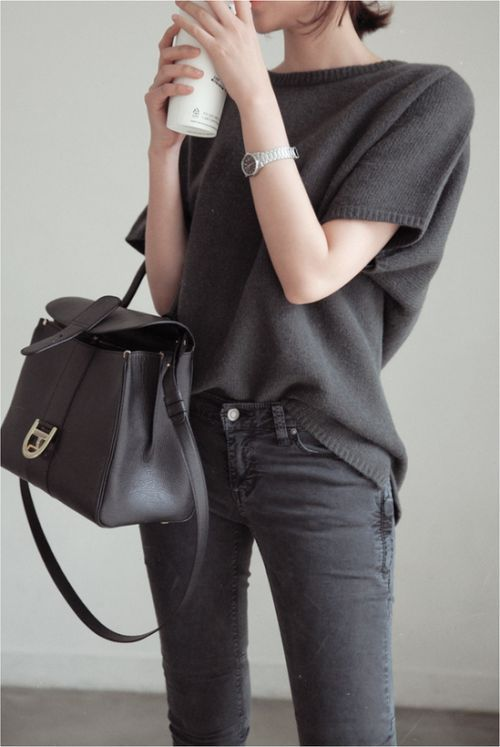 Elegant Fashion. I really like all black and the opposite of the tight pants with the loose shirt. The little cream watch really is beautiful too.