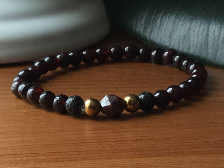 Bracelet hommes pierres volcaniques, grenat, pierre de lave, pierres semi précieuses ,cadeau hommes, lapis-lazuli,litho, méditation, mala