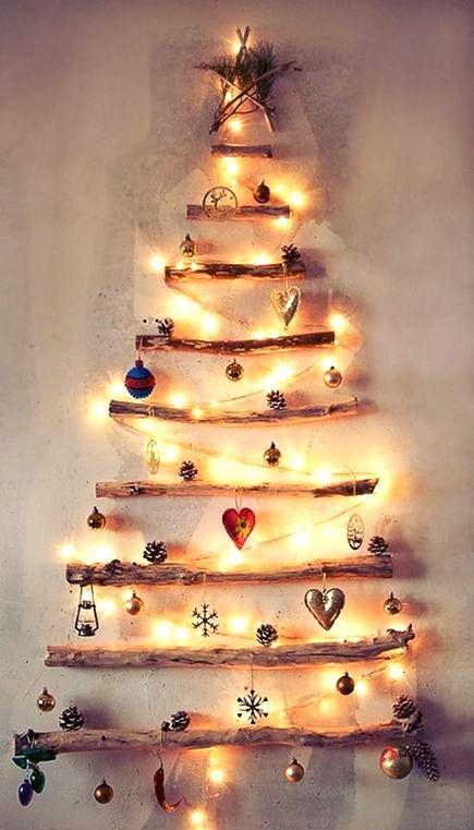 alternative wall driftwood Christmas tree