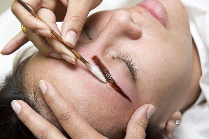 Sobrancelha de Henna: aprenda passo-a-passo como aplicar