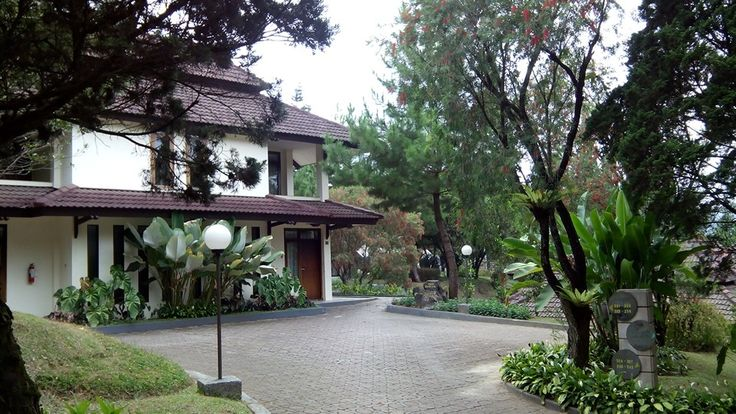 Putri Gunung Hotel, Lembang, Bandung, Indonesia