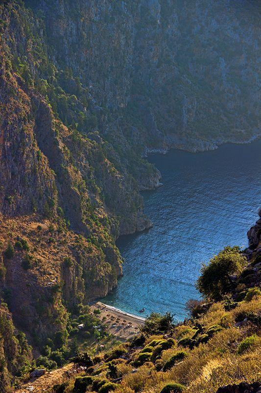 Butterfly Valley in Oludeniz, Turkey (Photo: fethiye holidays)