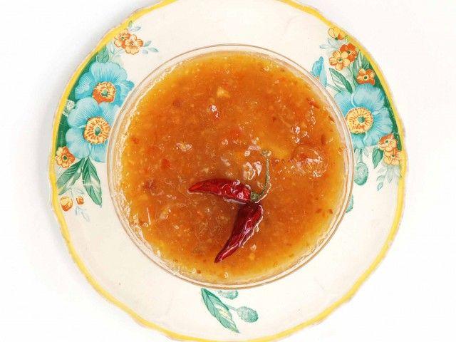 Marmellata arance e peperoncino : Scopri come preparare questa deliziosa ricetta. Facile, gustosa e adatta ad ogni occasione.