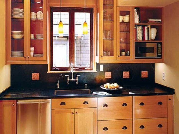 Small kitchen makeover ideas on a budget roselawnlutheran for Cheap kitchen makeover ideas