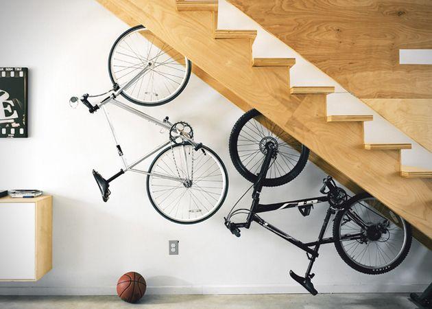 Dual Escalera Bike Storage
