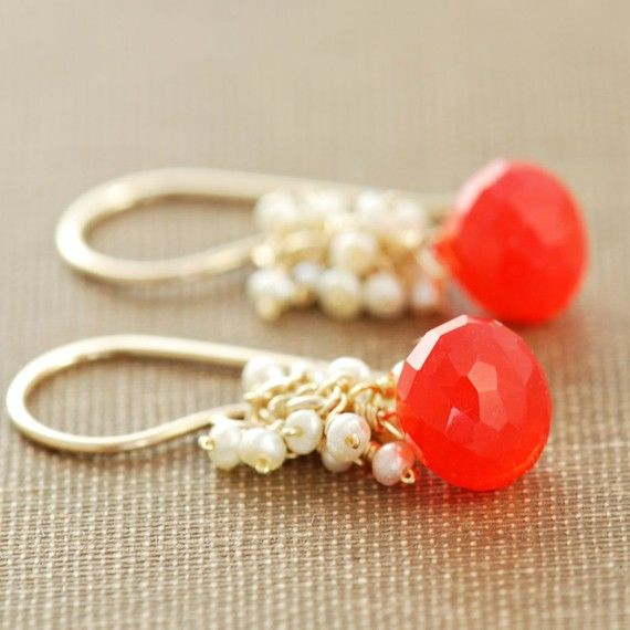 coral / gold / pearl