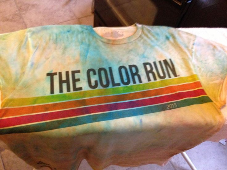 Worn color run shirts serve as a wonderful momento after a fun running experience. Here is a step-by-step on how to preserve color in your color run shirt