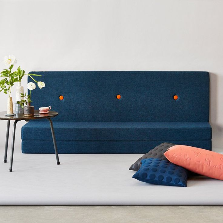 A tumble mattress, extra seating, a cosy space to watch movies - the possibilities are endless with this great 3 fold Multi Mattress from by KlipKlap. The Multi mattresses are available in various models that can be folded in many different creative ways.