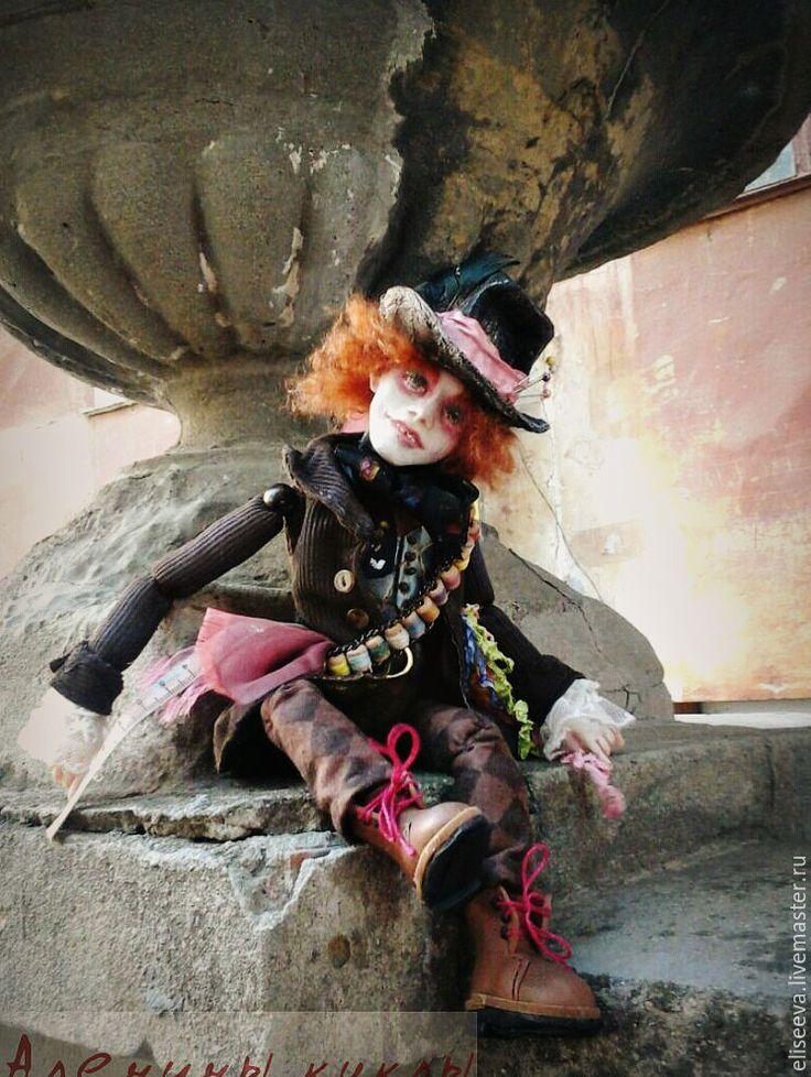 Купить Кукла Безумный Шляпник. Алиса в стране чудес - комбинированный, безумный шляпник
