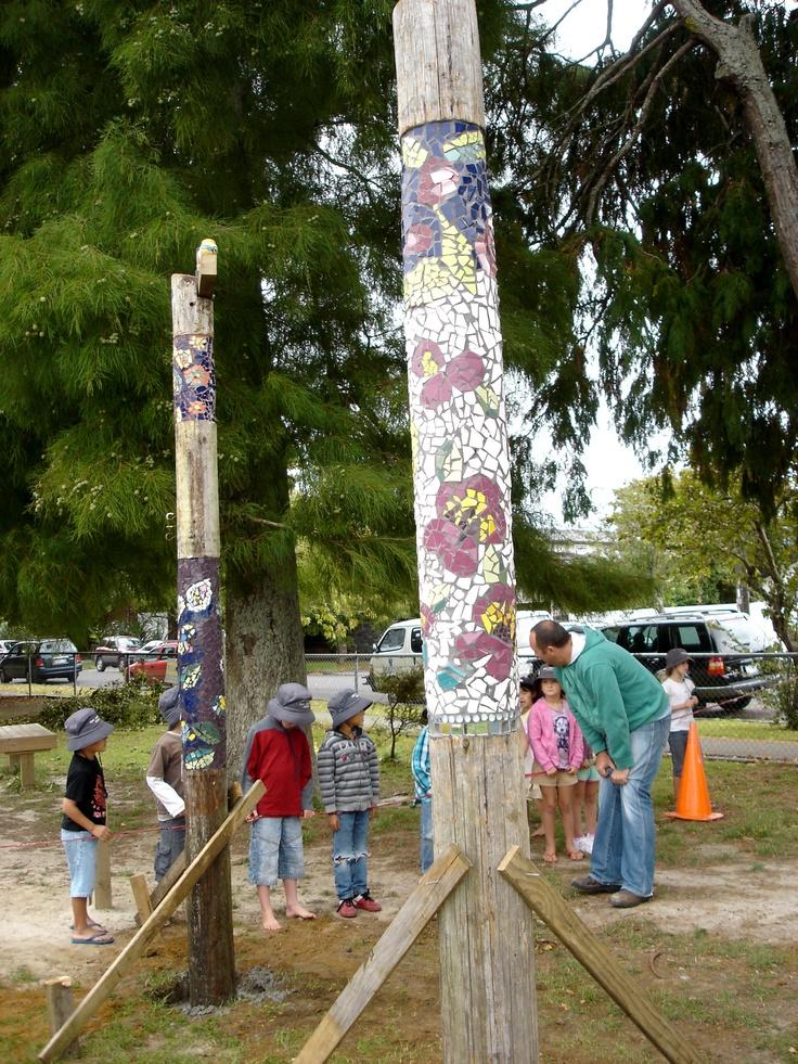 Auckland NZ Pt Chevalier School kids art! : Totem poles