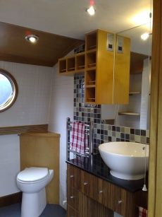 New Boat Co 60 Widebeam for sale UK, New Boat Co boats for sale, New Boat Co used boat sales, New Boat Co Narrow Boats For Sale 60' Luxury Houseboat Widebeam Liveaboard - Apollo Duck