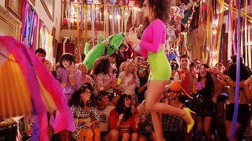 Dança como se ninguém estivesse vendo...