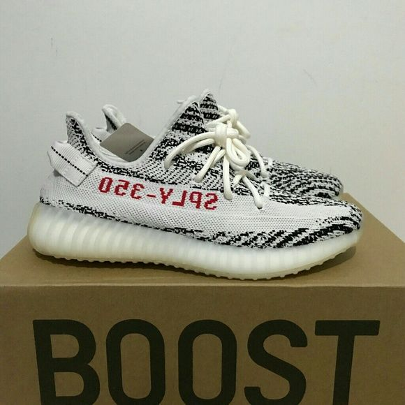Yeezy Boost 350 V2 with real boost Size US 4-13(euro36-47) available.Yeezy Shoes are best retail shoes with real boost and original box,all the shoes will come with original box. They are made with the same materials. Everything of them are the same as originals in adidas store and have highest performance cost. We have many good feedback can show you. Yeezy Shoes Sneakers