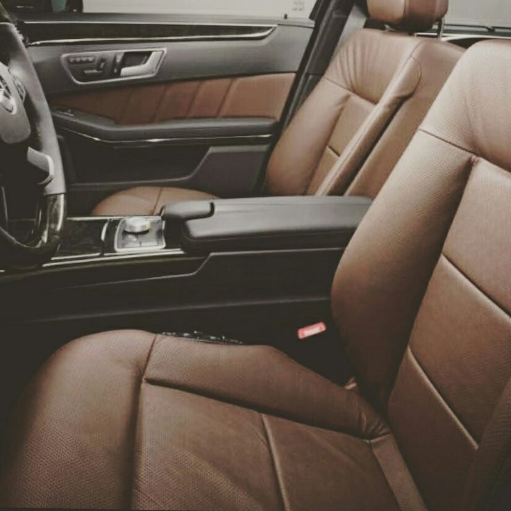 Car for clients #bratislavataxi #taxibratislava #viennataxi #taxischwechat