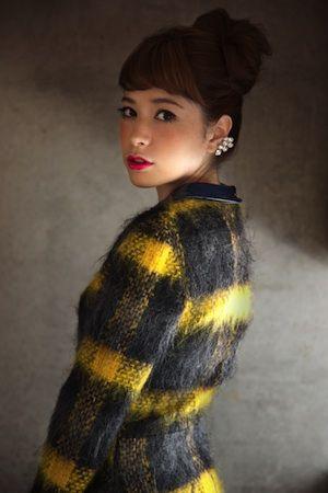 VOGUE beauty | hairstyle | サロンで仕上げるオンモードなヘアアレンジ。-ALIVE