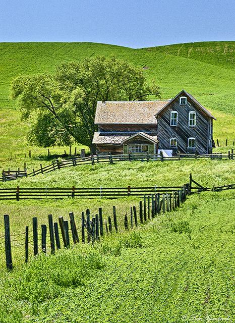 Old Farmhouse, Palouse, Washington, United States, 2012, photograph by  Ken Hornbrook.